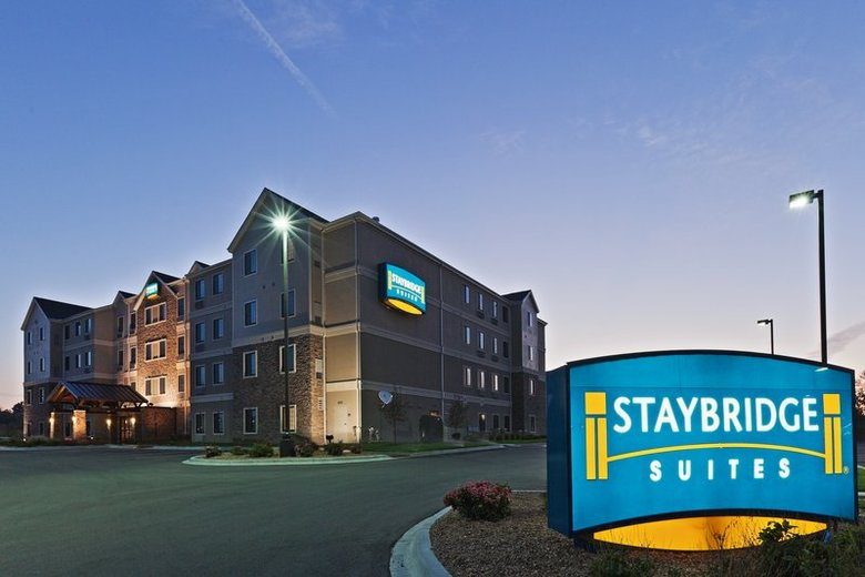 Hotel Staybridge Suites Wichita