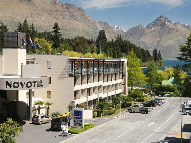 Hotel Novotel Queenstown Lakeside