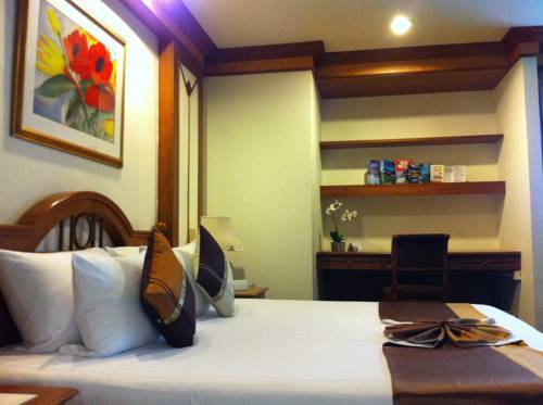 Hotel Bliston Suwan Park View