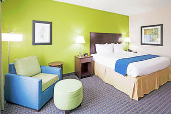 Holiday Inn Express Hotel  Suites Knoxville-f