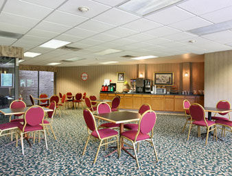 Hotel Howard Johnson Inn - Springfield Suites