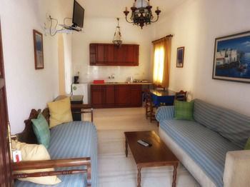 Apartamentos Black Sand Apartments