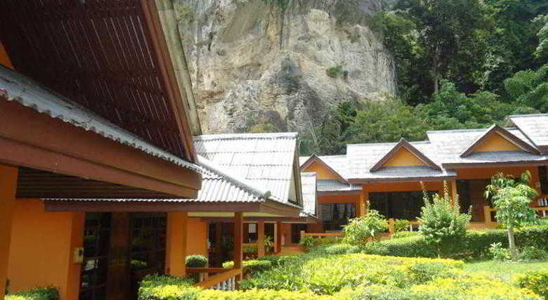 Hotel Diamond Cave Resort
