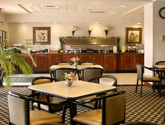 Hotel Wingate By Wyndham Columbus Fort Benning