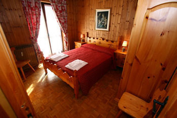 Hotel Champoluc Apartments