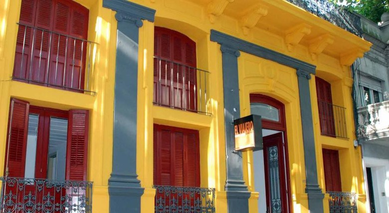 Hostal El Viajero Downtown Hostel & Suites