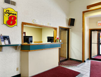Hotel Super 8 Motel - Fargo/i-29/west Acres Mall