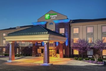 Holiday Inn Express Hotel  Suites Manchester-