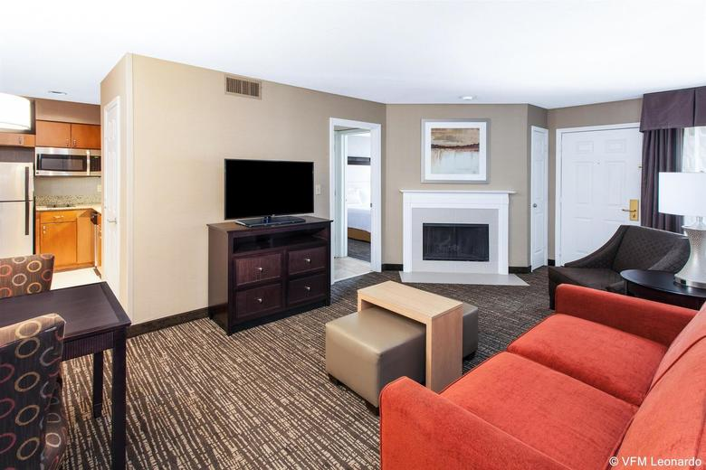 Hotel Homewood Suites By Hilton Indianapolis At The Crossing
