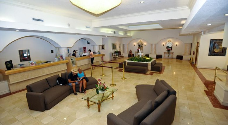 Crystal Beach Suites Hotel And Health Club
