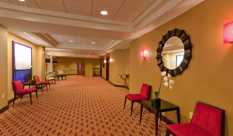 Doubletree Hotel & Suites Pittsburgh City Center