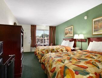 Hotel Days Inn Tampa West Of Busch Gardens