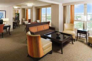 Hotel Sheraton Suites Dallas Market Center