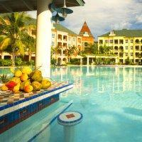 Hotel Sandals Whitehouse
