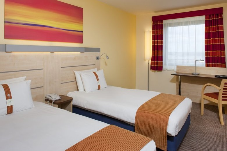 Hotel Holiday Inn Express Watford Junction