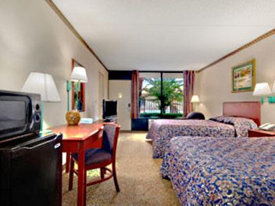 Hotel Travelodge Inn & Suites Orlando Airport