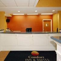 Hotel Comfort Inn & Suites Airport And Expo