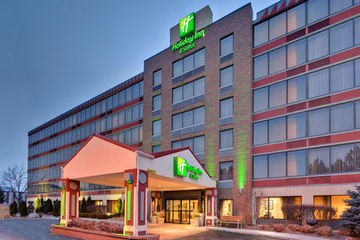 Holiday Inn Hotel And Suites Warren