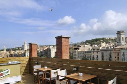 Hotel Equity Point Hostel Girona