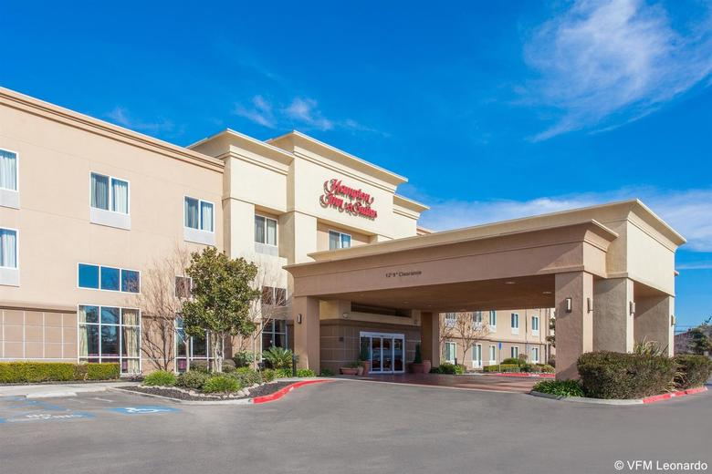 Hotel Hampton Inn & Suites Merced