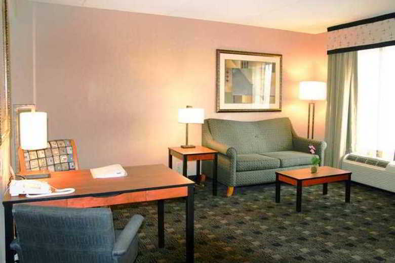 Hotel Hampton Inn And Suites Indianapolis-fishers In