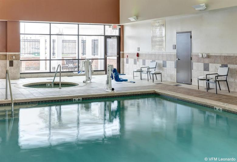Hotel Homewood Suites By Hilton Omaha-downtown