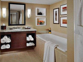 Hotel Crowne Plaza Jacksonville Airport