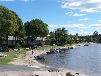 Hotel Maroochy River Bungalows