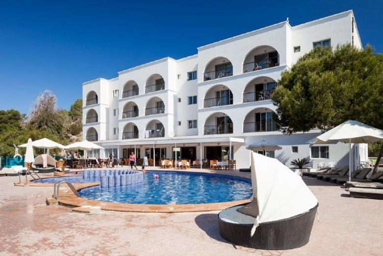 Apartamentos puerto cala vadella cala vadella ibiza - Hotel apartamentos el puerto ibiza ...