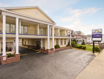 Hotel Days Inn Waynesboro