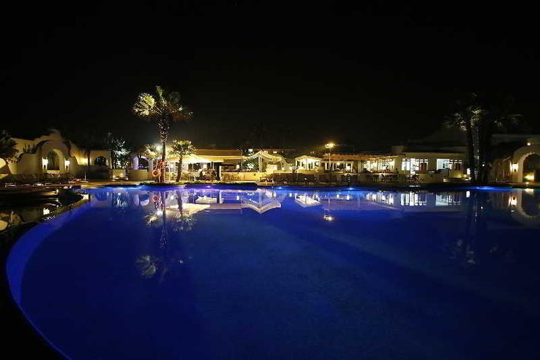 Hotel Amphitrite Palace Resort And Spa