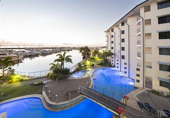 Hotel Mantra Hervey Bay