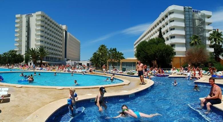 Hotel club mac alcudia alcudia mallorca - Piscina coberta l alcudia ...