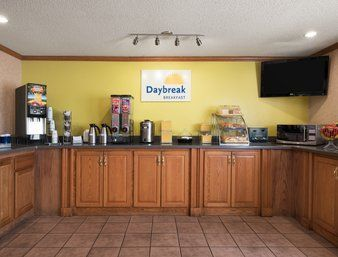 Hotel Baymont Inn And Suites Kansas City South