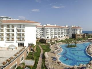 Hotel Sea World Resort And Spa