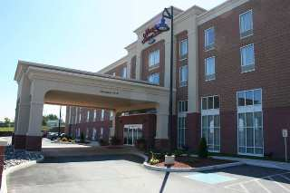 Hampton Inn Hotel & Suites