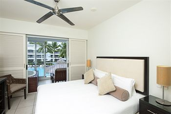 Hotel Peppers Beach Club And Spa Palm Cove