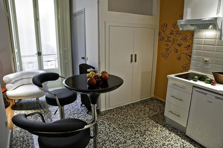 Apartamento apartamentos tur sticos las letras by terravisiontravel madrid - Apartamento turistico madrid ...