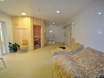 Clover Naturist Spa And Hotel