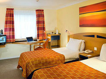 Hotel Holiday Inn Express Glasgow Airport