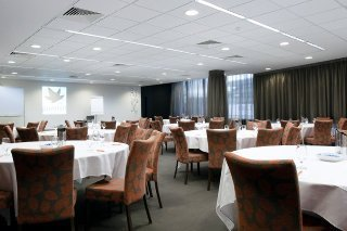 Punthill Dandenong Apartment Hotel