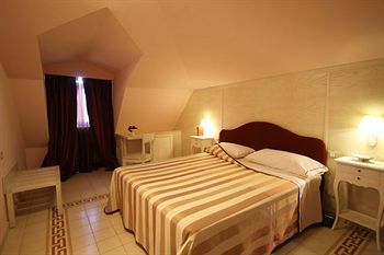 Bed & Breakfast Palace Hotel UNA Nuova Strada