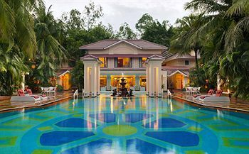 Hotel Mayfair Lagoon