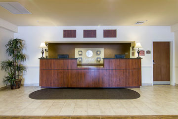 Hotel Comfort Inn And Suites Airport