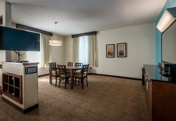 Hotel Springhill Suites By Marriott Birmingham Downtown At Uab