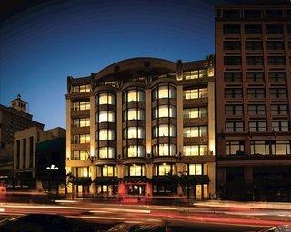 Hotel Wyndham Harbor Lights   Extra Holidays