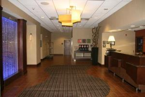 Hotel Hampton Inn And Suites-winston-salem/university