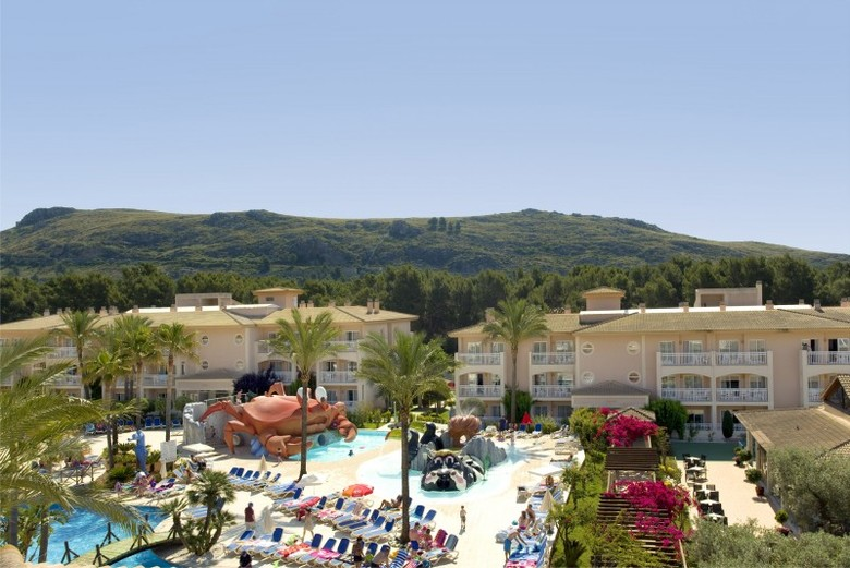 Aparthotel playa mar puerto de pollena mallorca for Aparthotel jardin de playa
