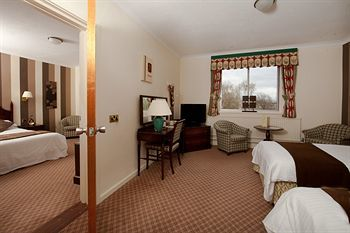 Hotel Larkfield Priory