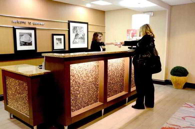 Hotel Hampton Inn Denver-international Airport